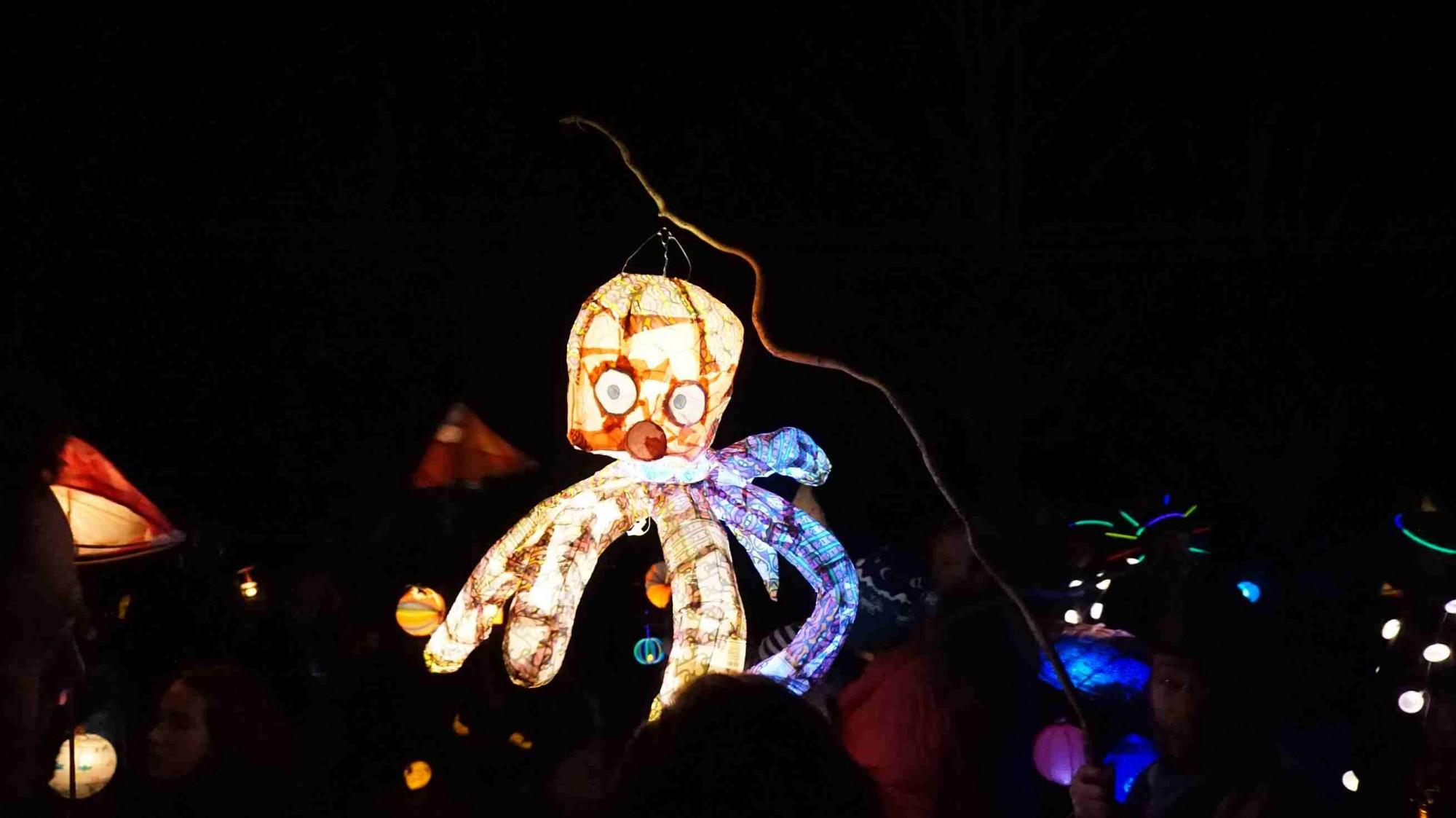 Cygnet Lantern Parade